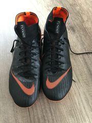 Nike Fußball Schuhe