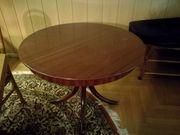 Schöner massiver ausziehbarere Tisch günstig