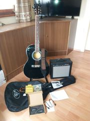Akustikgitarre mit allem Zubehör