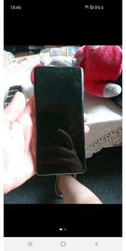 Samsung Galaxy S10 gegen iPhone
