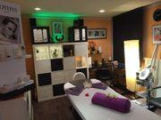 Laufendes Kosmetikstudio in Altdorf bei