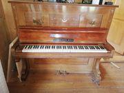 Altes Klavier