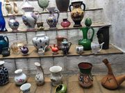 viele Vasen verschiedene Größen Alabaster