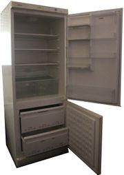 Kühlschrank und Tiefkühlteil