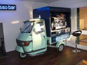Piaggio Scooter Mit Kaffeemaschine