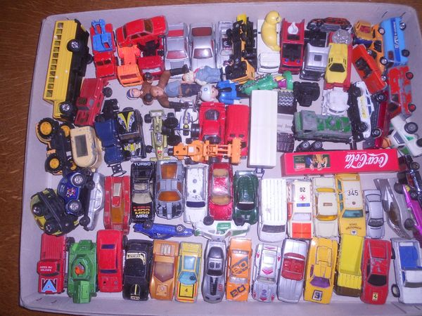 Modellauto - über 60 Bastelmodelle -