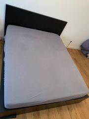 Gemütliches Schwarzbraunes Malm Bett 160x200cm