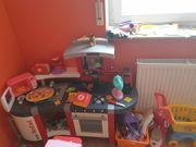 Kinderküche und Kaufladen zu verkaufen