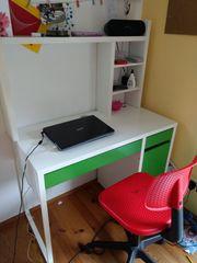 IKEA Schreibtisch Micke mit Stuhl