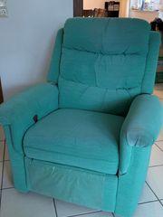 2 sitzer Sofa und Fernseh