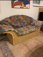 Rattan Couch mit Stoffbezug