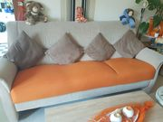 Neuwertiges Sofa - 3er Sitzer