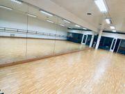 Spiegel Spiegelfläche Tanzspiegel Tanzschule Ballettschule