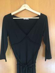 schwarzes Kleid von MAX Co