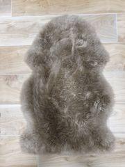 5 echte Schaffell-Teppiche wie neu