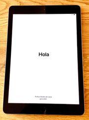 Apple iPad - 9 7- Space Grey