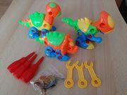 Set aus 3 Dinosauriern mit