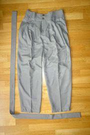 Sandfarbene Damenhose