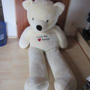 Riesen Bär