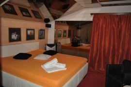 Bars, Clubs & Erotikwohnung - Studio Flamingo in Steinach SG -
