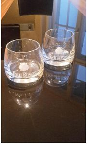 2 Whiskeygläser Four Roses Gläser