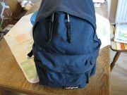 EASTPAK Rucksack dunkelblau für Freizeit