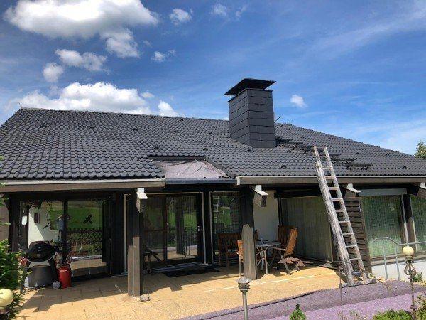 Dach und Hof Reinigung rund