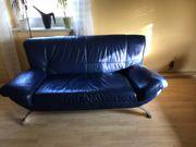 zwei blaue echt Leder Sofas