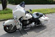 Harley Davidson Street Glide Police