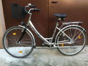 Praktisches MIFA-Damenrad mit Alurahmen