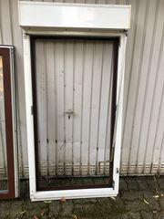 2 Weru Fenster mit Rollladen