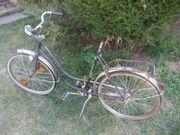 Oldtimer Damen-Fahrrad Damen-Rad aus den