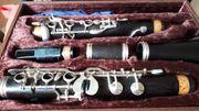 Klarinette mit Koffer Notenständer