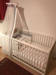 Ein Gitterbett