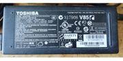 TOSHIBA Netzteil PA3716E-1AC3 AC Adapter