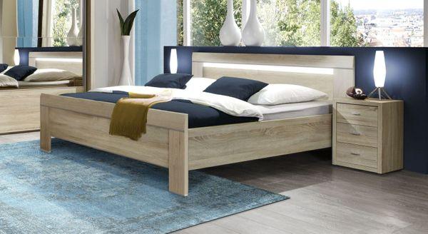 Schlafzimmer Bett mit 2x Lattenrost und 2x Nachtisch in ...