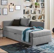 Polsterliege Couch mit Staukasten in