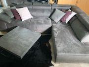 Modernes bequemes graues Sofa