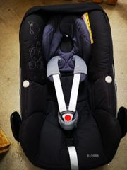 Maxi Cosi Pepple in schwarz