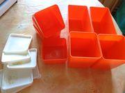 8 Stück Plastikschalen in orange