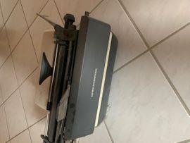 Büromaschinen, Bürogeräte - Olympia Schreibmaschine
