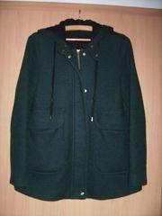 Zara Basic Jacke mit Kaputze