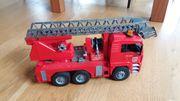 BRUDER Feuerwehrauto neuwertig