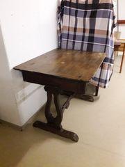 Tisch antik mit Lade