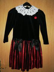 Festliches Mädchenkleid Gr 140