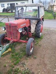 Oldtimer traktor mc cormick D320