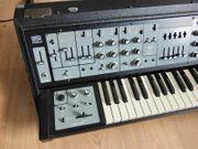 Roland SH-5 - Excellent Condition