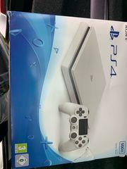 PlayStation 4 500 GB Whitr
