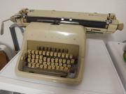 Schreibmaschine Triumph matura super