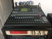 Digitalmischpult Yamaha 01V96i mit 16x16